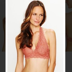 2/$30✨NWT FREE PEOPLE GALLOON LACE HALTER BRALETTE